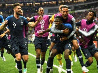 201807152304186455_France-Defeats-Croatia-in-world-cup-Final-match_SECVPF